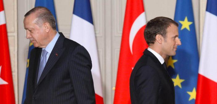 Erdogan appelle Emmanuel Macron à subir un « examen de santé mentale » [ Par  Irina Dmitrieva]